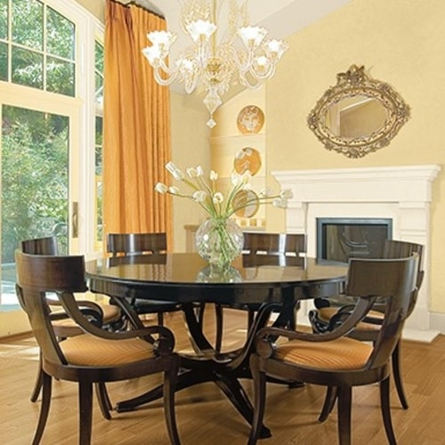 Dining Areas and Family Rooms